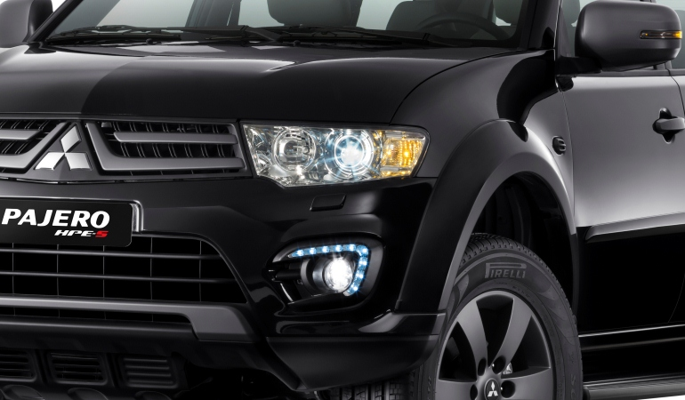 Mitsubishi lança Pajero com detalhes em grafite