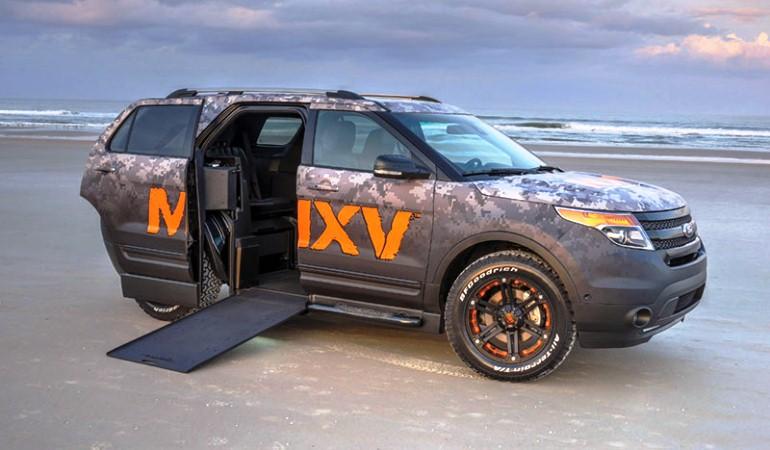 Ford lança Explorer especial para cadeirantes