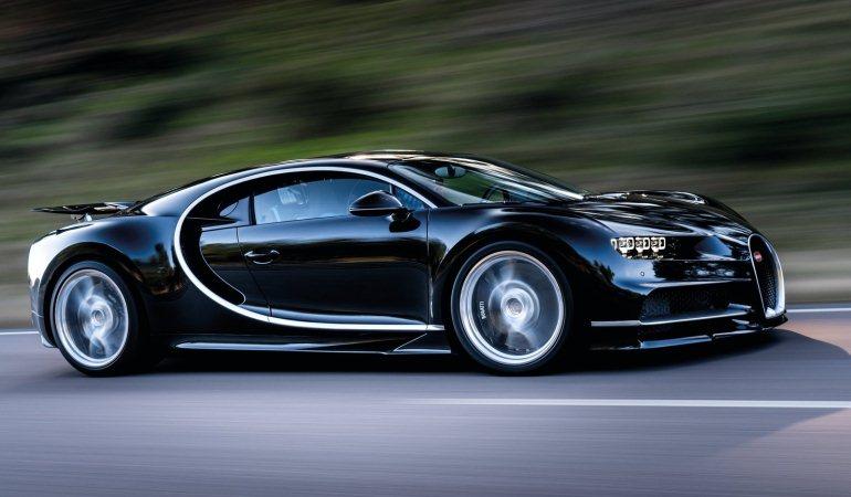 Primeiros Bugatti Chiron saem do forno!