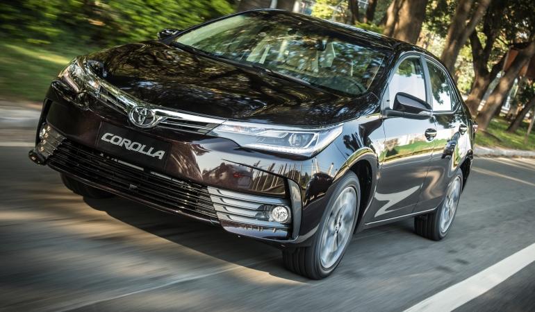 Corolla 2018 chega mais completo e relança a versão XRS